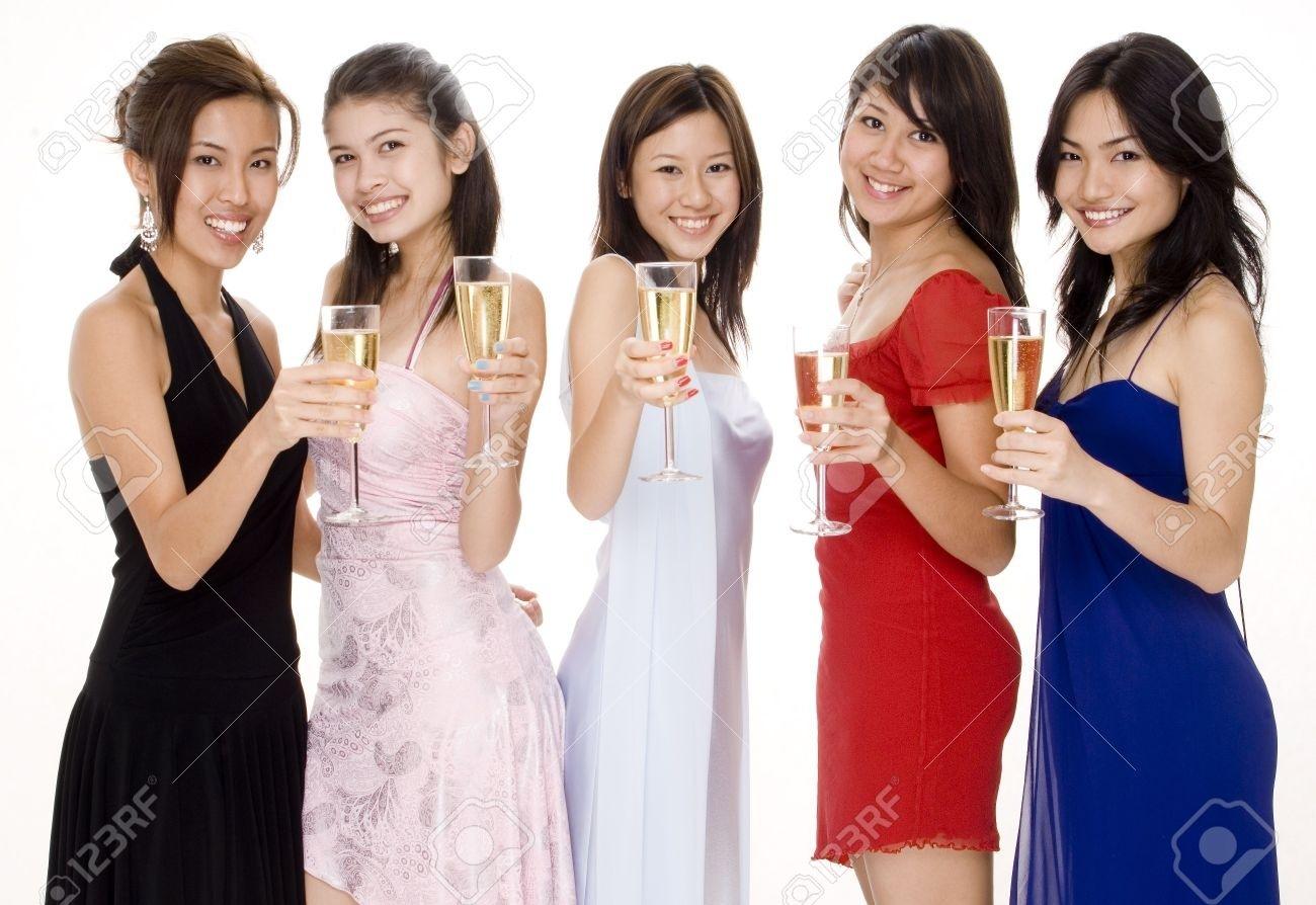13 Genial Abendgarderobe Frauen Stylish13 Einzigartig Abendgarderobe Frauen Bester Preis