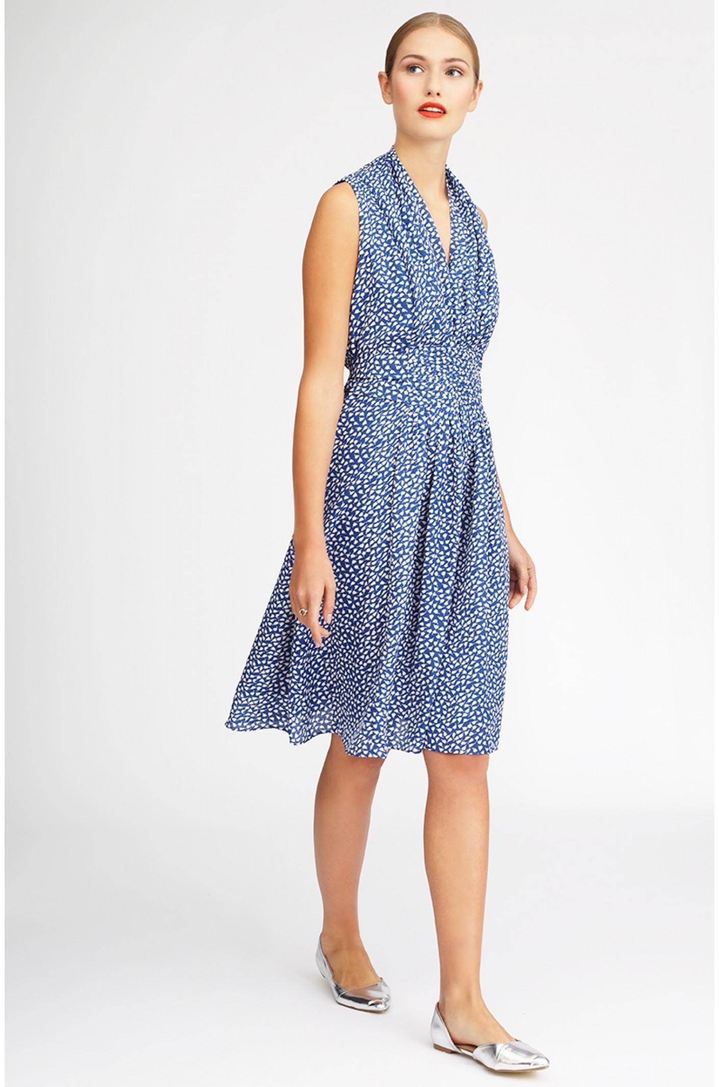 formal-kreativ-sommerkleid-blau-design