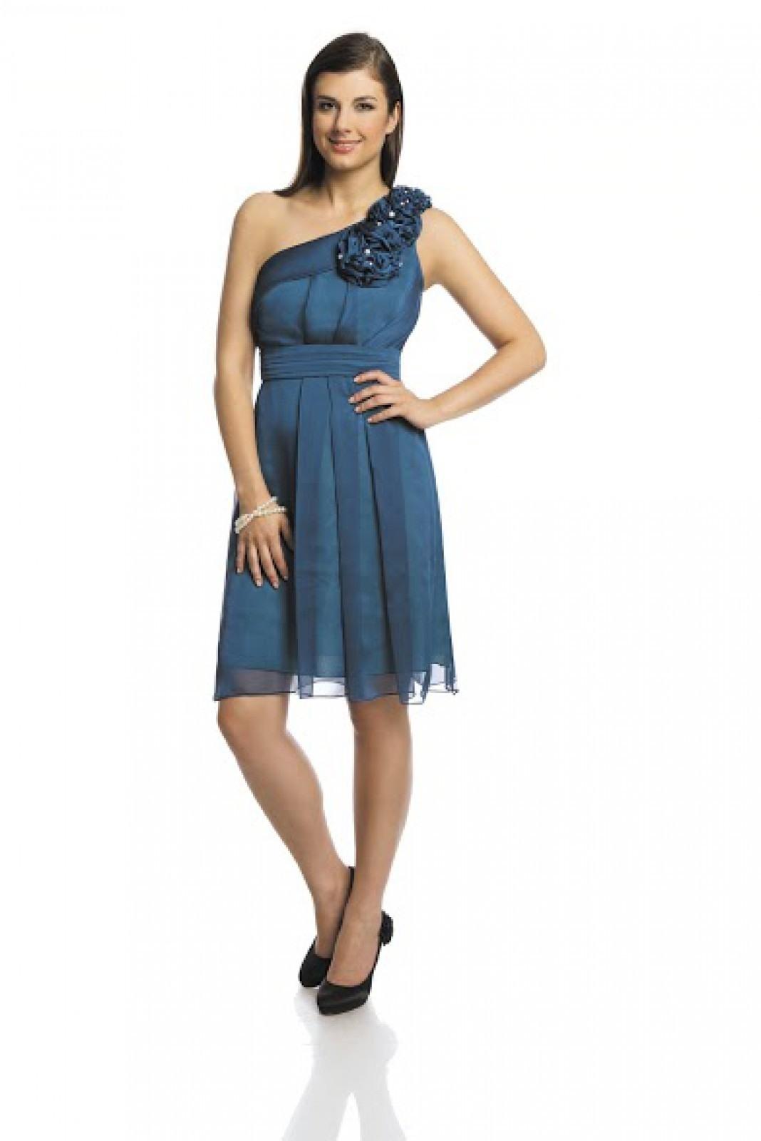 10 Spektakulär Kleider In Blau Vertrieb Erstaunlich Kleider In Blau Stylish