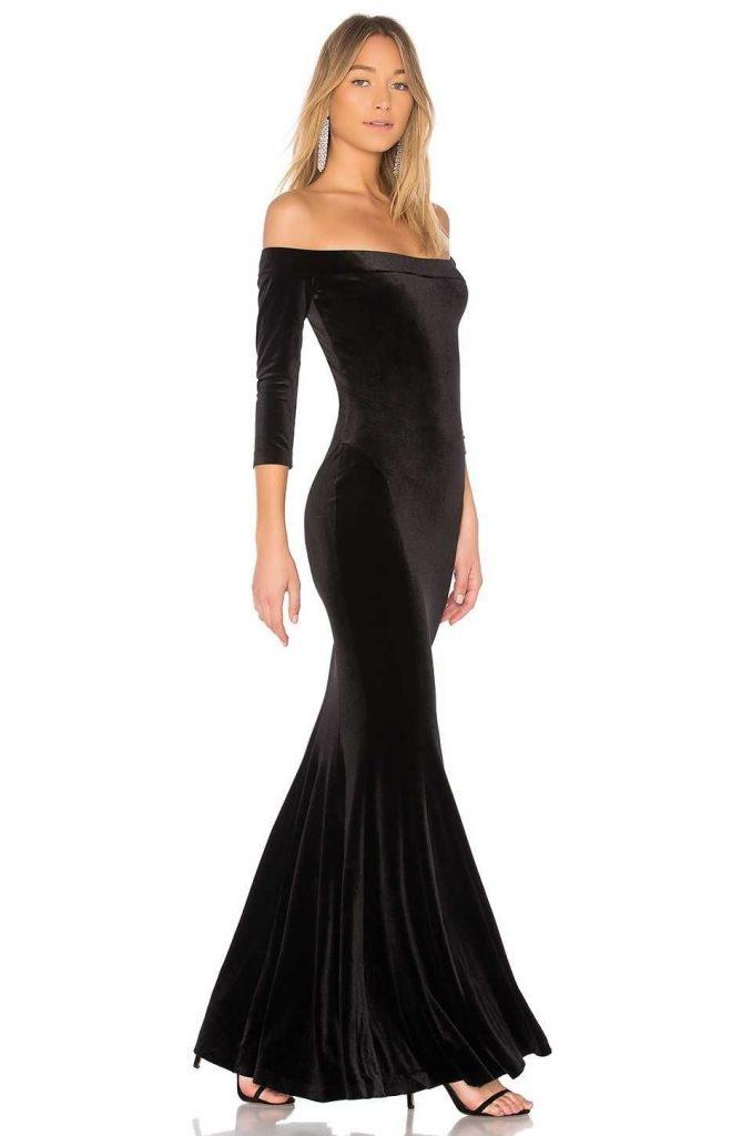Mit lang spitze kleid schwarzes Schwarze Abendkleider
