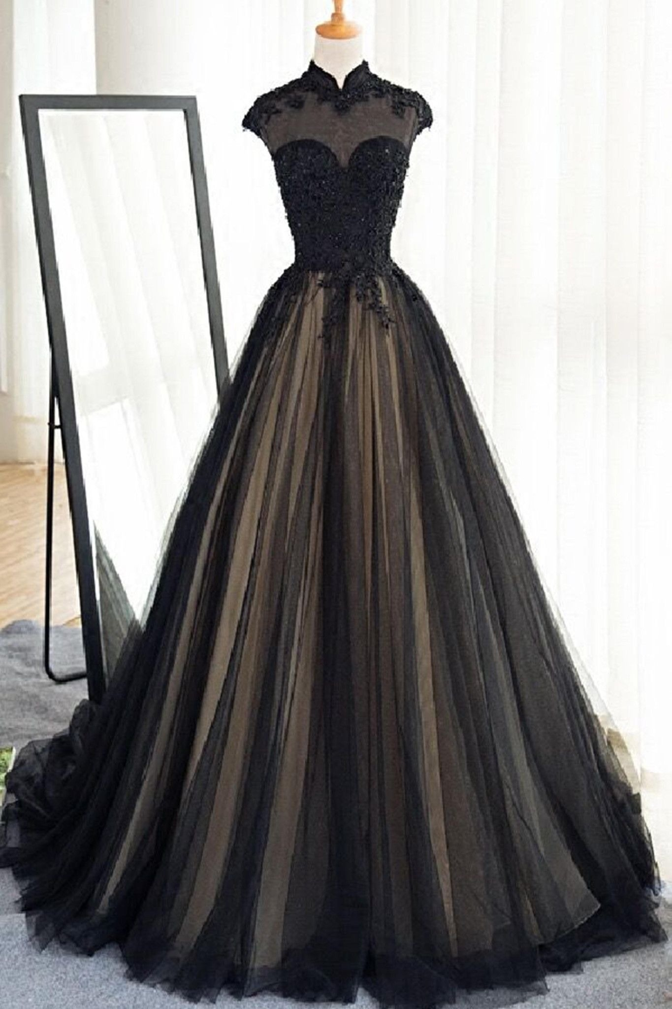 ballkleid lang schwarz gold Archives - Abendkleid