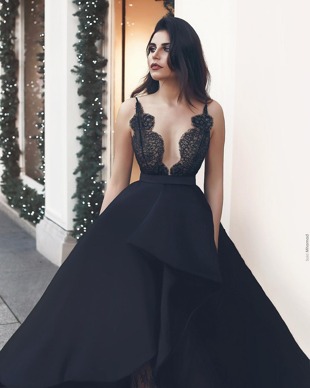 Perfekt Schwarzes Abendkleid Lang Spitze BoutiqueDesigner Ausgezeichnet Schwarzes Abendkleid Lang Spitze Vertrieb