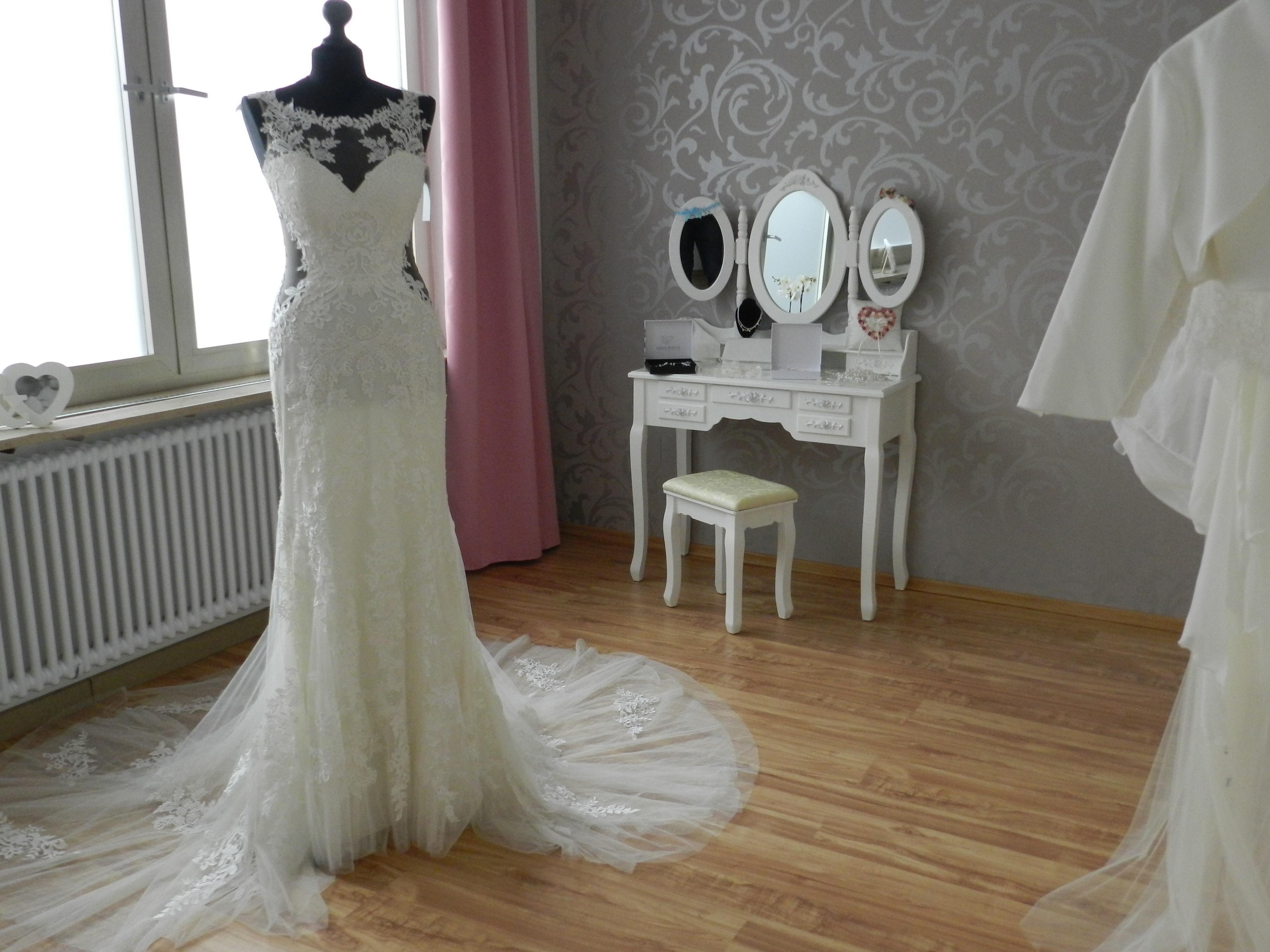 17 Großartig Brautmodengeschäft Vertrieb Einzigartig Brautmodengeschäft Design