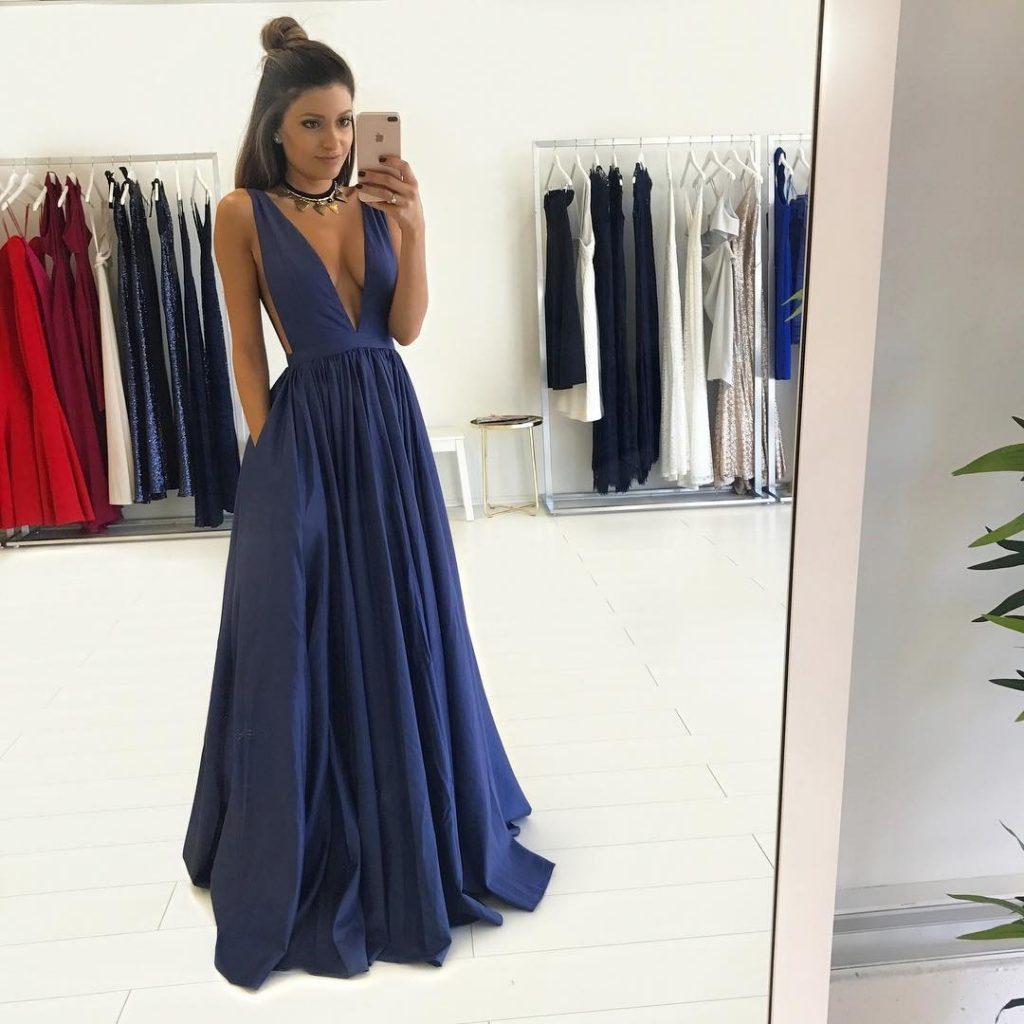 Formal Top Abendkleid Lang V Ausschnitt Galerie - Abendkleid