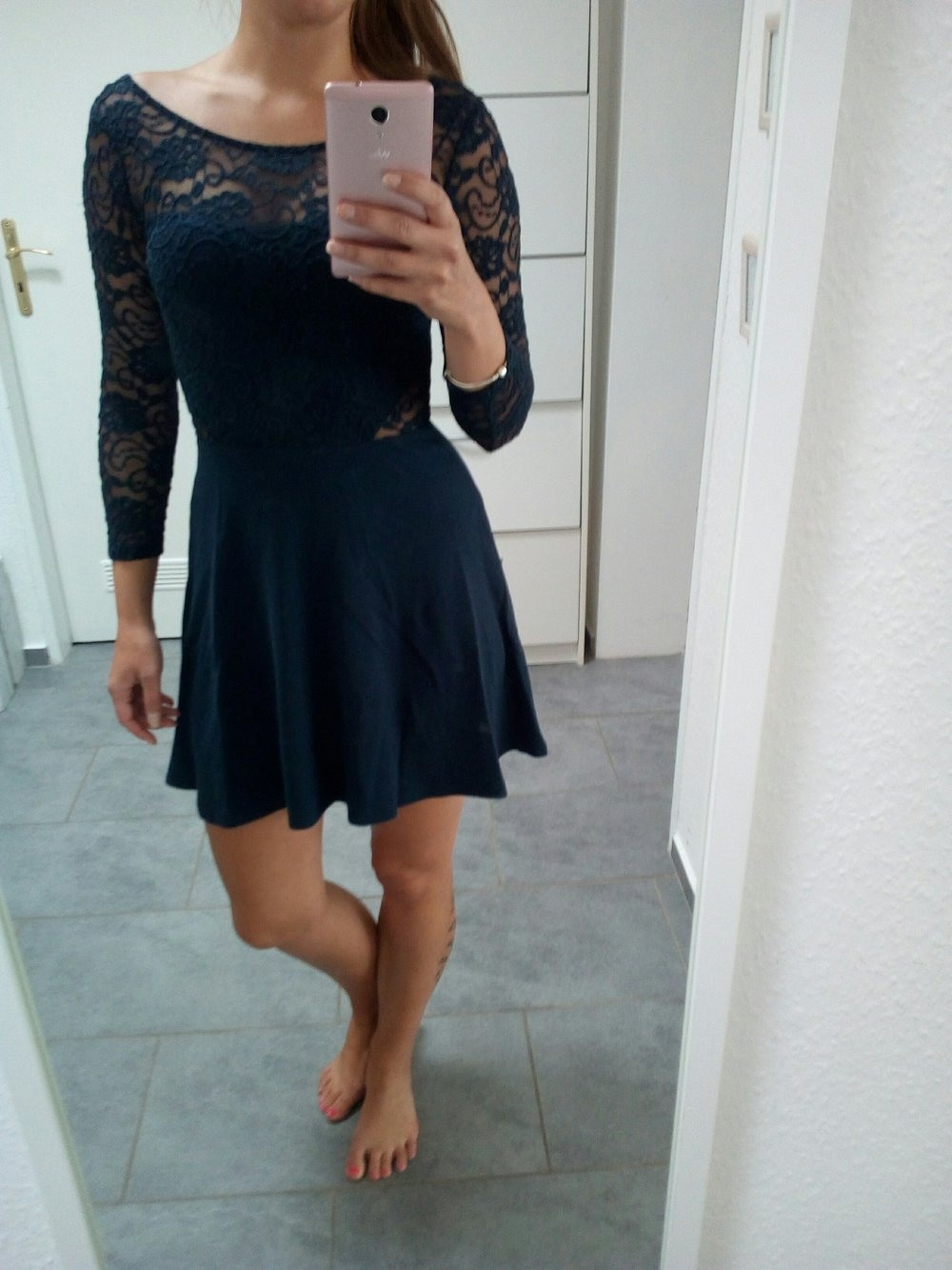 Formal Wunderbar Dunkelblaues Kleid Spitze für 201920 Schön Dunkelblaues Kleid Spitze Galerie