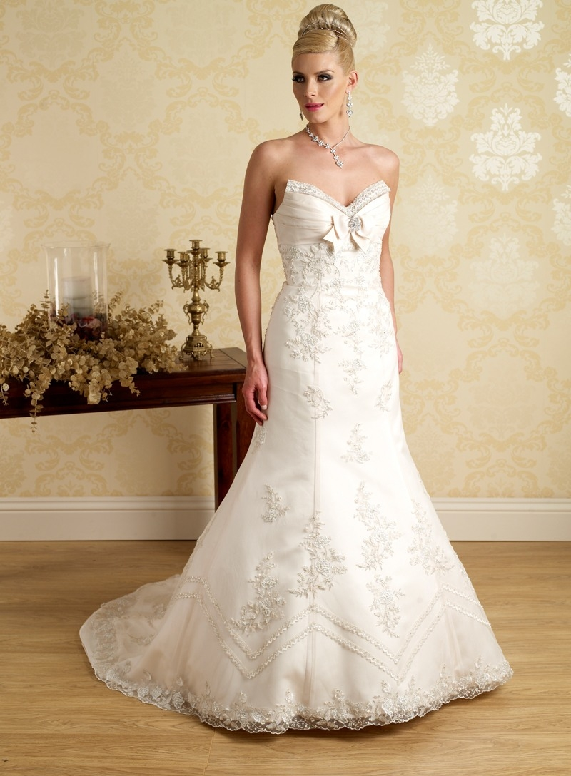 17 Genial Exklusive Brautmode Stylish17 Wunderbar Exklusive Brautmode Bester Preis