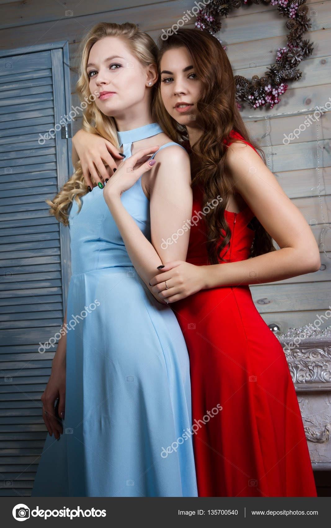 Designer Fantastisch Abendkleider Junge Frauen DesignDesigner Erstaunlich Abendkleider Junge Frauen Spezialgebiet