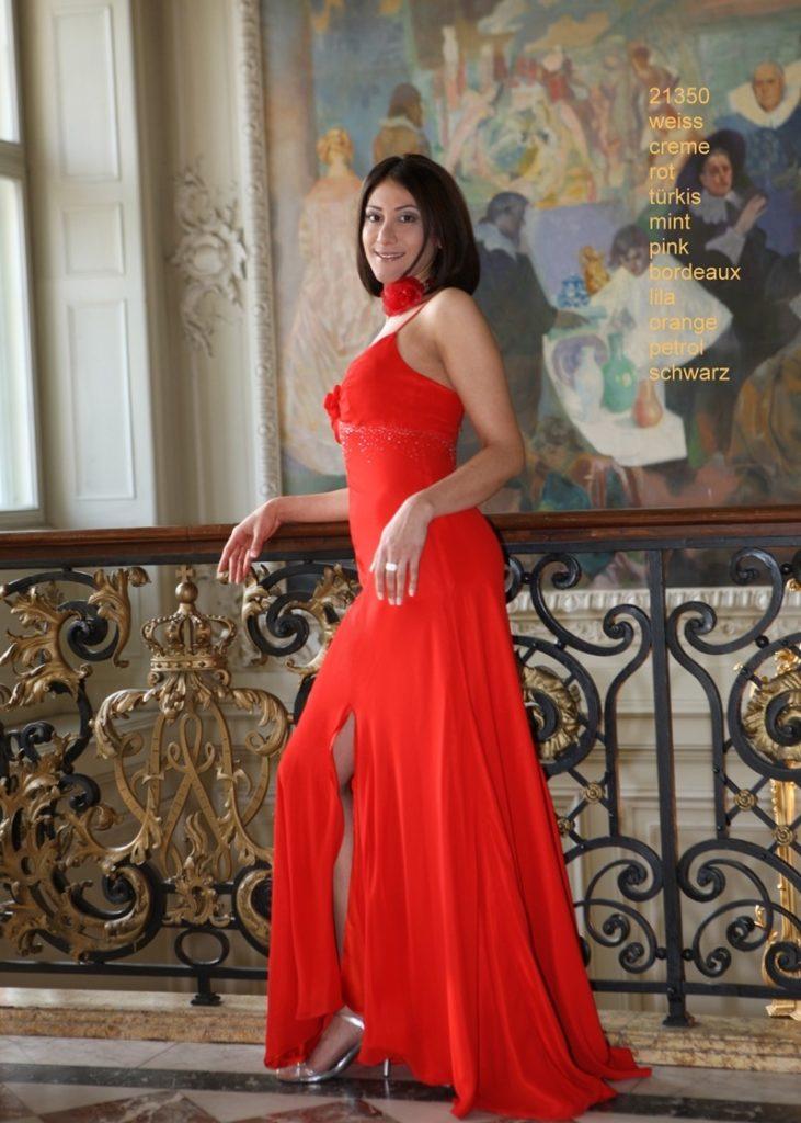 brand new 1e0cd bd41e 13 Leicht Damen Abendmode für 2019 - Abendkleid