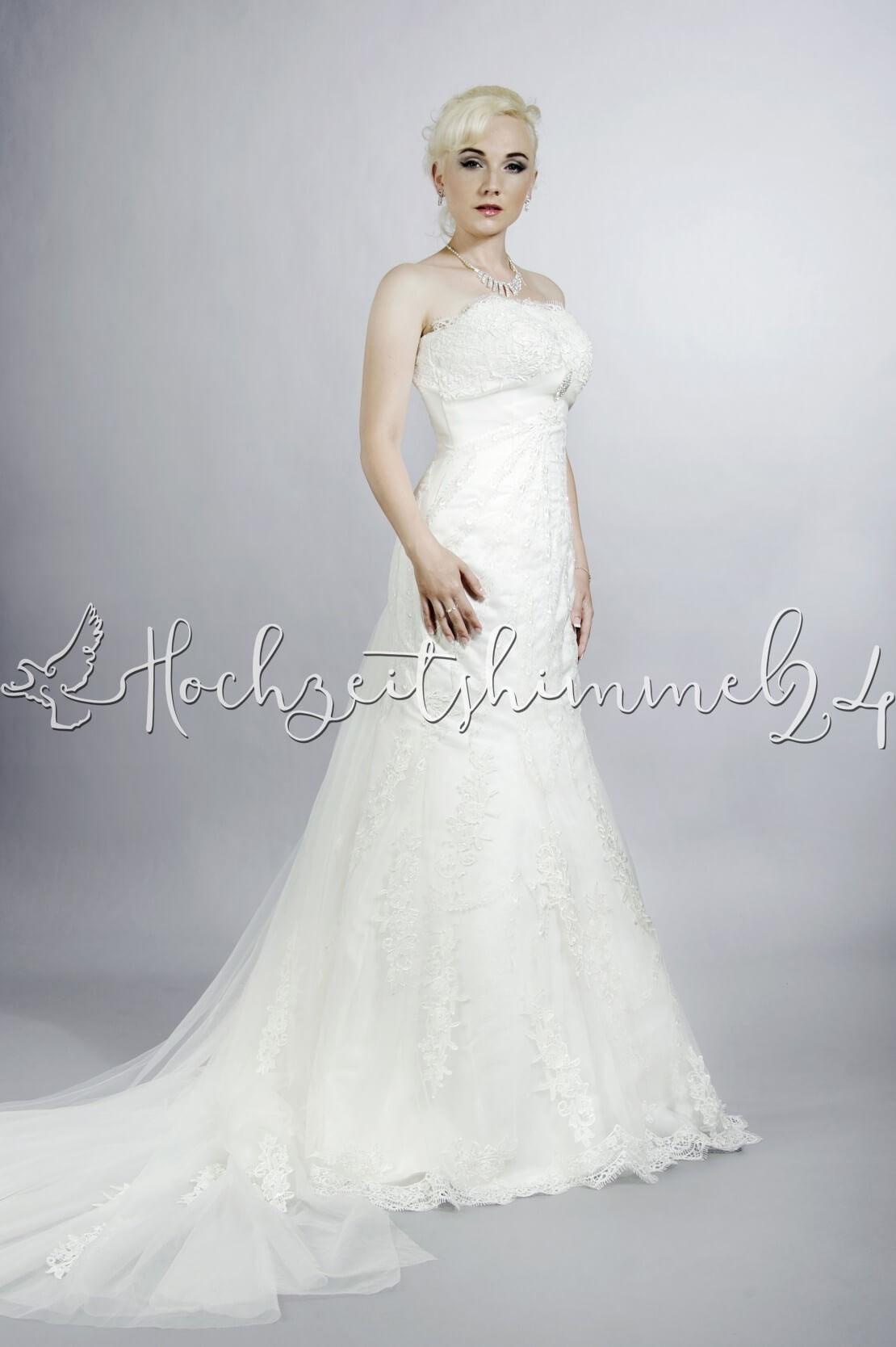 15 Perfekt Brautkleid Mit Schleppe SpezialgebietAbend Wunderbar Brautkleid Mit Schleppe Galerie