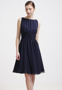 Designer Einfach Festliche Kleider Mit Kurzen Ärmeln ÄrmelDesigner Luxus Festliche Kleider Mit Kurzen Ärmeln Design