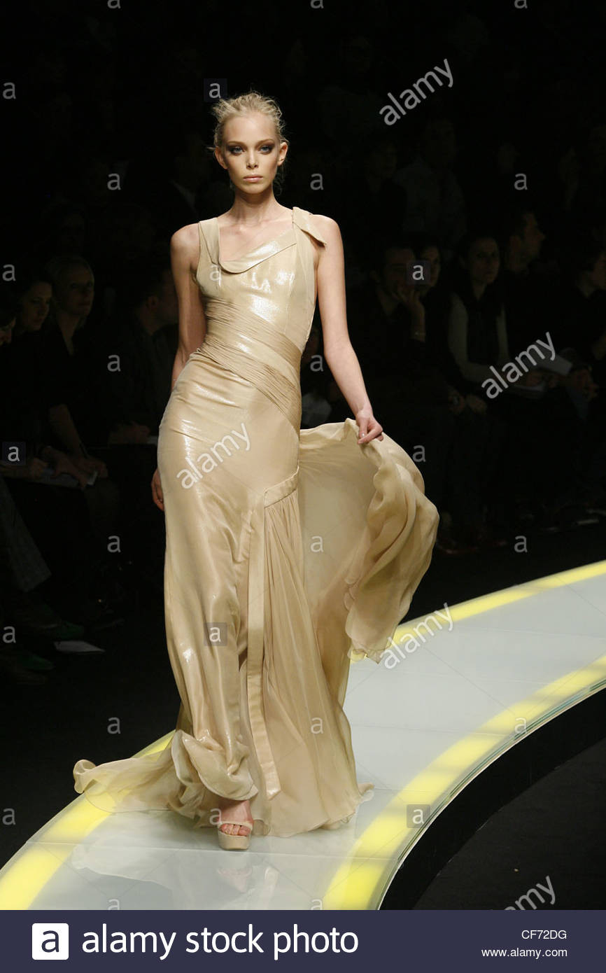 10 Schön Versace Abendkleider Boutique Coolste Versace Abendkleider Stylish