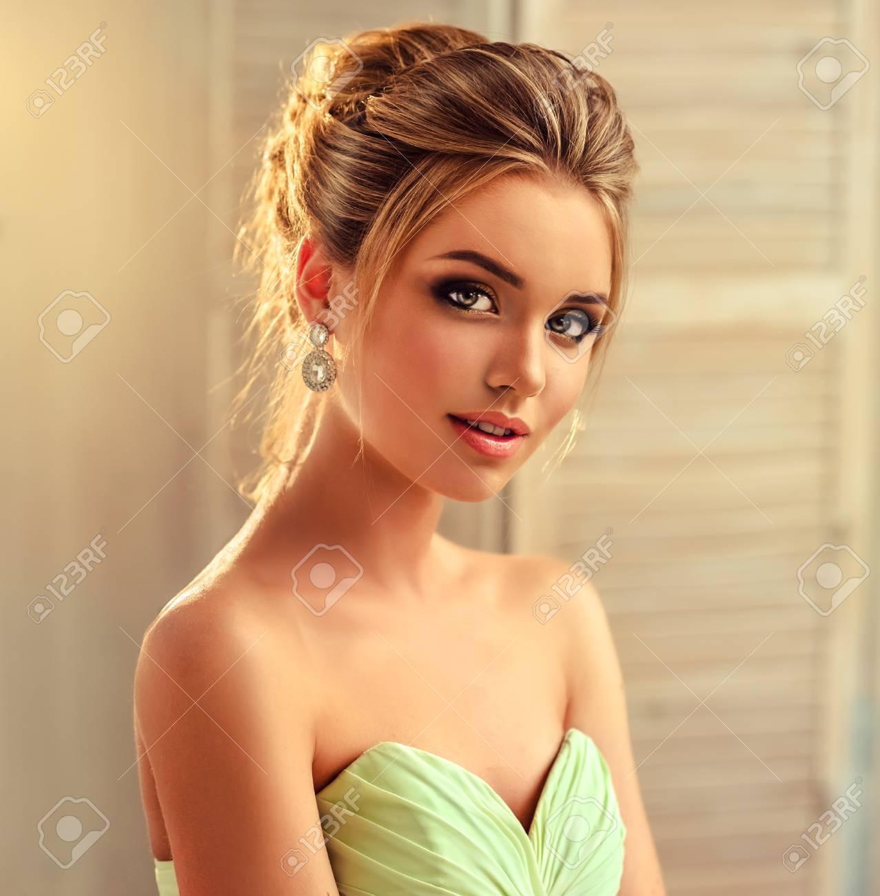 20 Wunderbar Frisuren Abendkleid Galerie15 Perfekt Frisuren Abendkleid Design