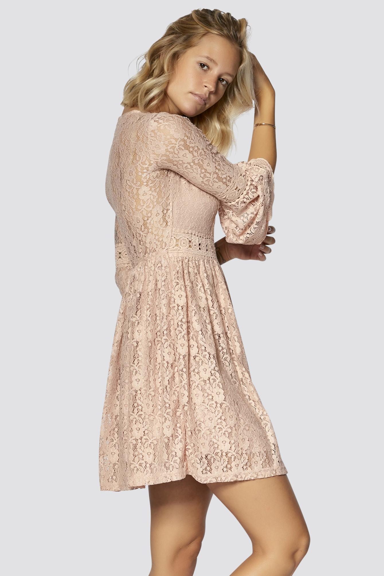 15 Luxus Kleid Mit Spitze Bester PreisDesigner Erstaunlich Kleid Mit Spitze Design