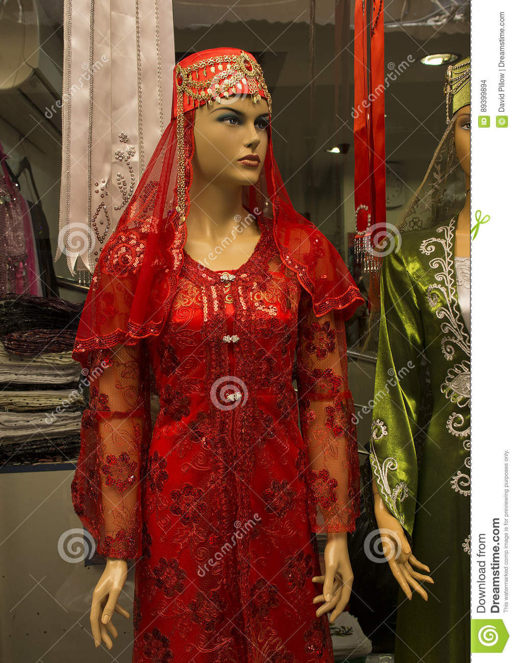 Formal Cool Henna Abend Rotes Kleid Vertrieb17 Leicht Henna Abend Rotes Kleid Spezialgebiet