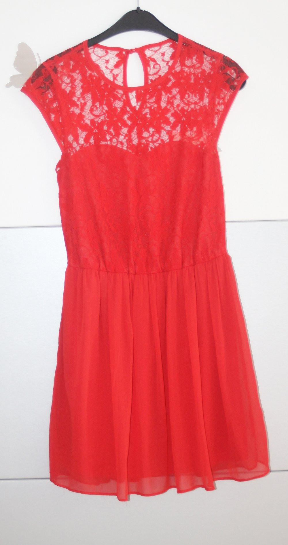 Designer Einzigartig Rotes Kleid Mit Spitze Galerie Spektakulär Rotes Kleid Mit Spitze Spezialgebiet