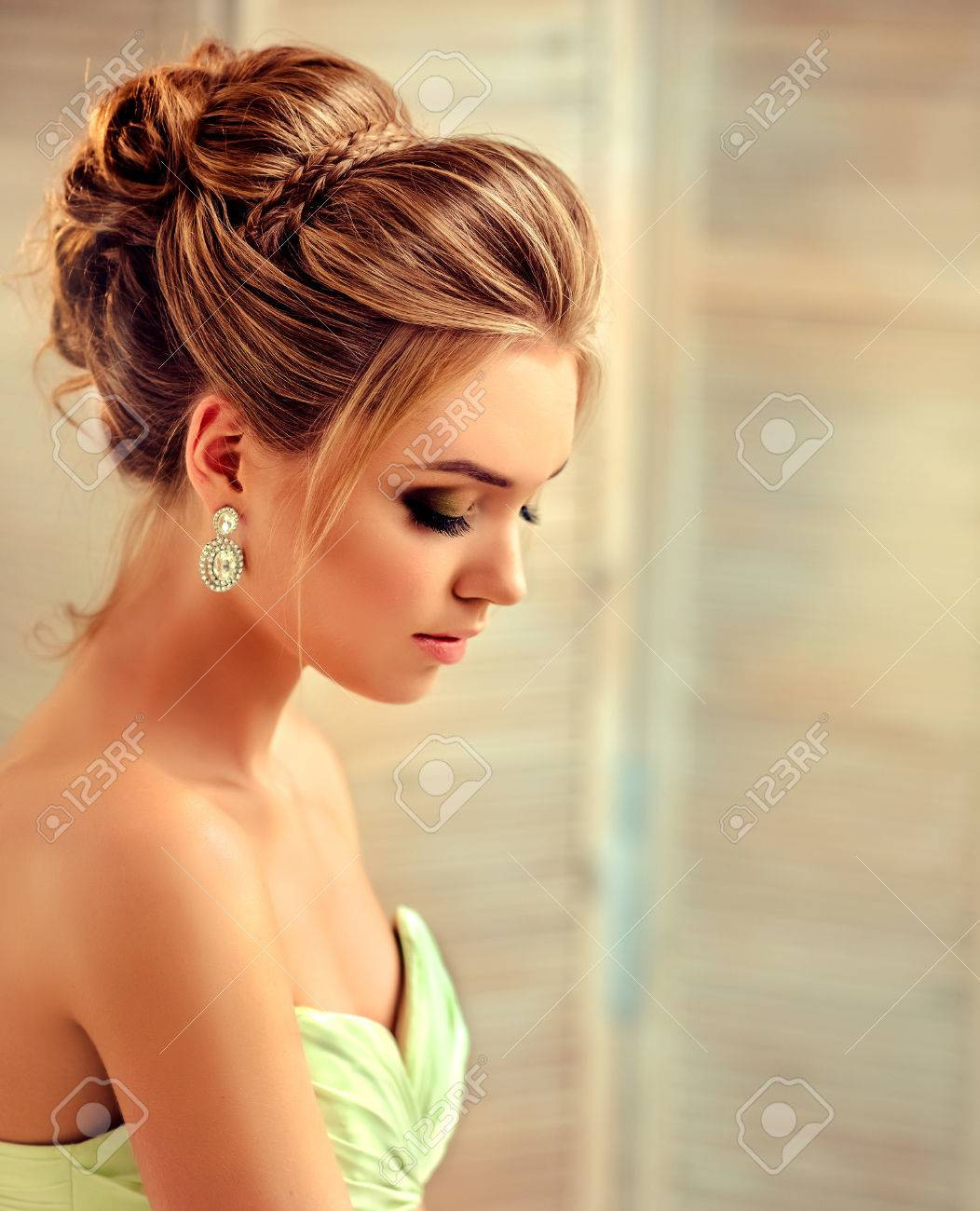 10 Luxus Frisur Abendkleid StylishDesigner Elegant Frisur Abendkleid Boutique