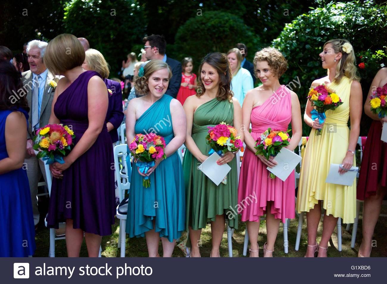 Designer Genial Bunte Kleider Für Hochzeit Bester PreisDesigner Erstaunlich Bunte Kleider Für Hochzeit Design