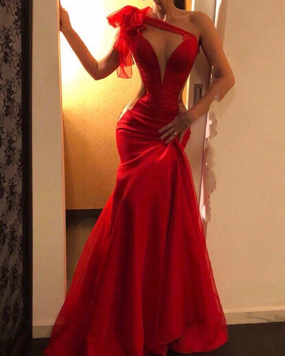 Designer Luxus Abend Kleider In Rot VertriebFormal Großartig Abend Kleider In Rot Spezialgebiet