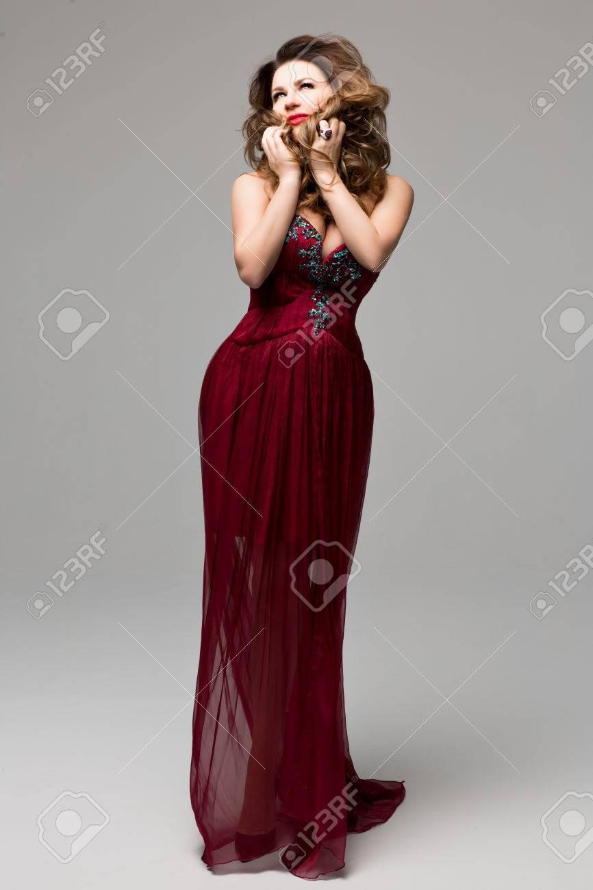 15 Schön Abend Make Up Zu Rotem Kleid StylishFormal Schön Abend Make Up Zu Rotem Kleid Design