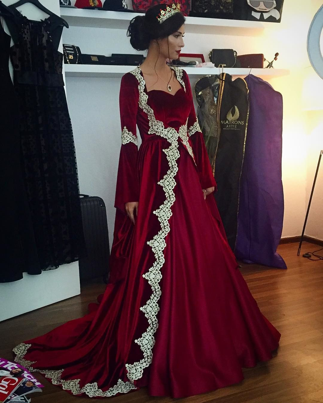 Designer Genial Henna Abend Kleid Rot Stylish10 Genial Henna Abend Kleid Rot Galerie
