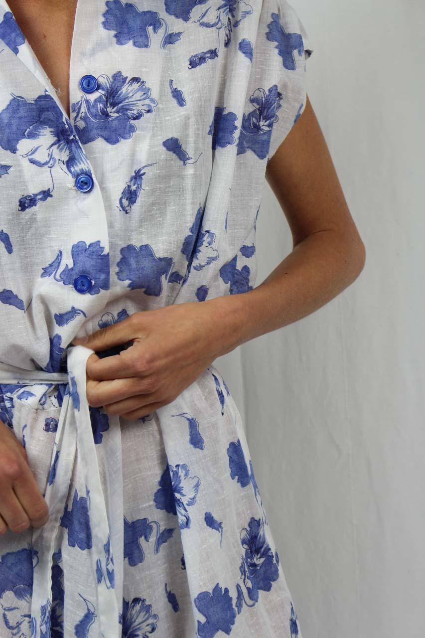 17 Genial Weißes Kleid Mit Blauen Blumen Stylish10 Leicht Weißes Kleid Mit Blauen Blumen Galerie