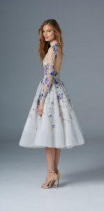 Formal Luxus Weißes Kleid Mit Blauen Blumen DesignDesigner Kreativ Weißes Kleid Mit Blauen Blumen Vertrieb