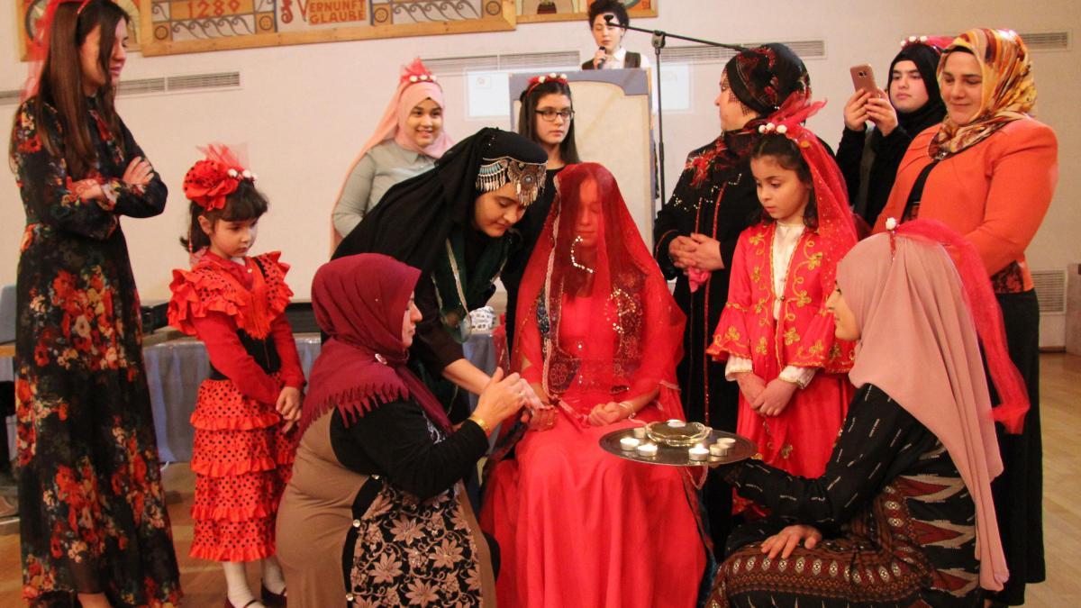 13 Top Henna Abend Kleider Gäste SpezialgebietDesigner Cool Henna Abend Kleider Gäste Vertrieb