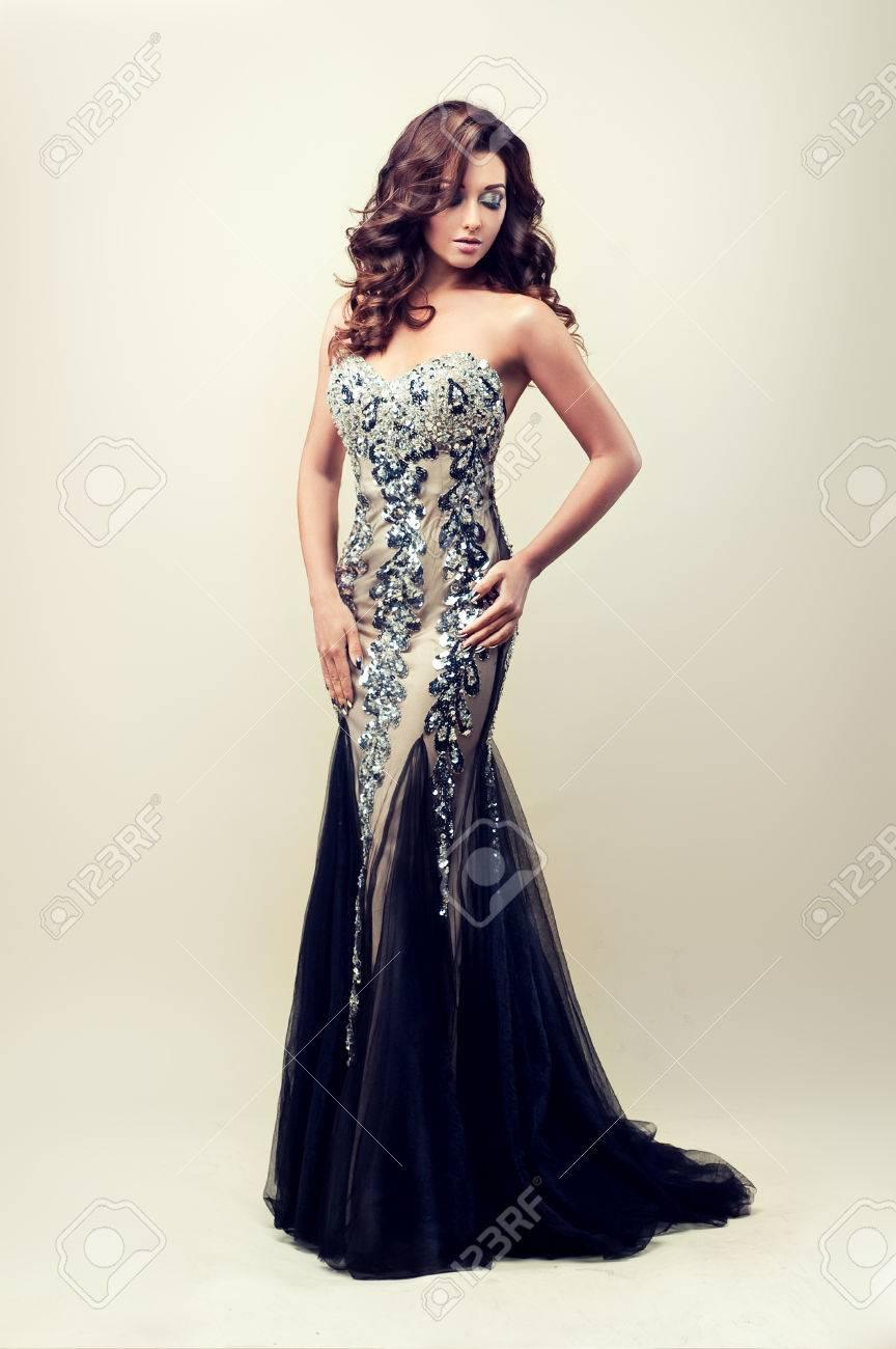 20 Wunderbar Silber Abend Kleid ÄrmelAbend Schön Silber Abend Kleid Spezialgebiet