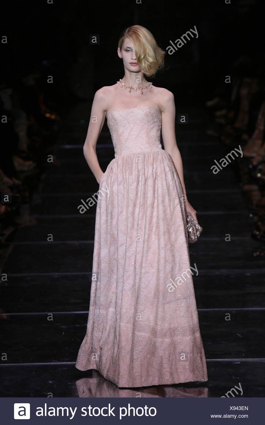 Top Armani Abendkleid StylishAbend Ausgezeichnet Armani Abendkleid Spezialgebiet