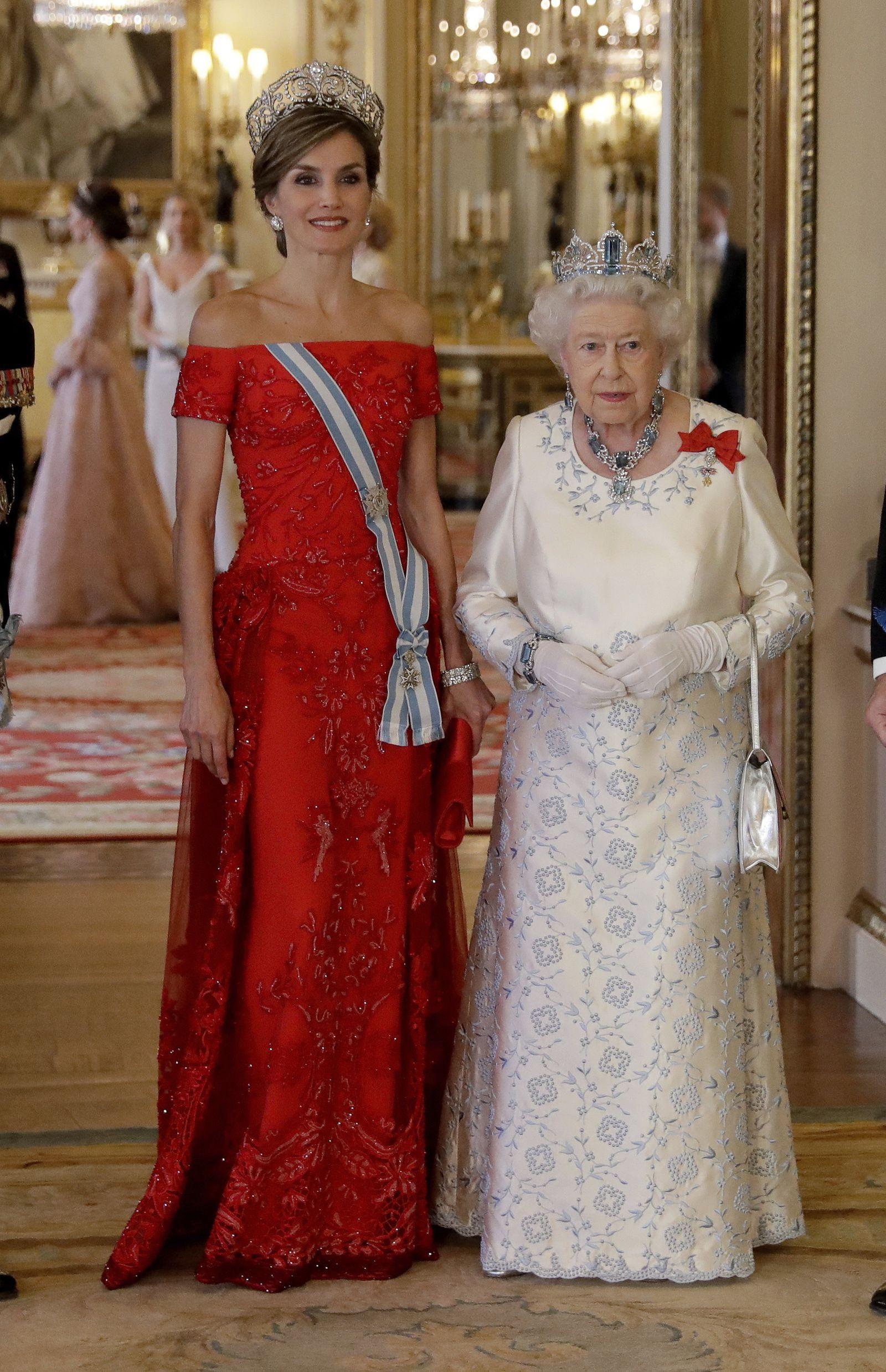 Formal Erstaunlich Abendkleider Queen Elizabeth Design17 Fantastisch Abendkleider Queen Elizabeth Spezialgebiet