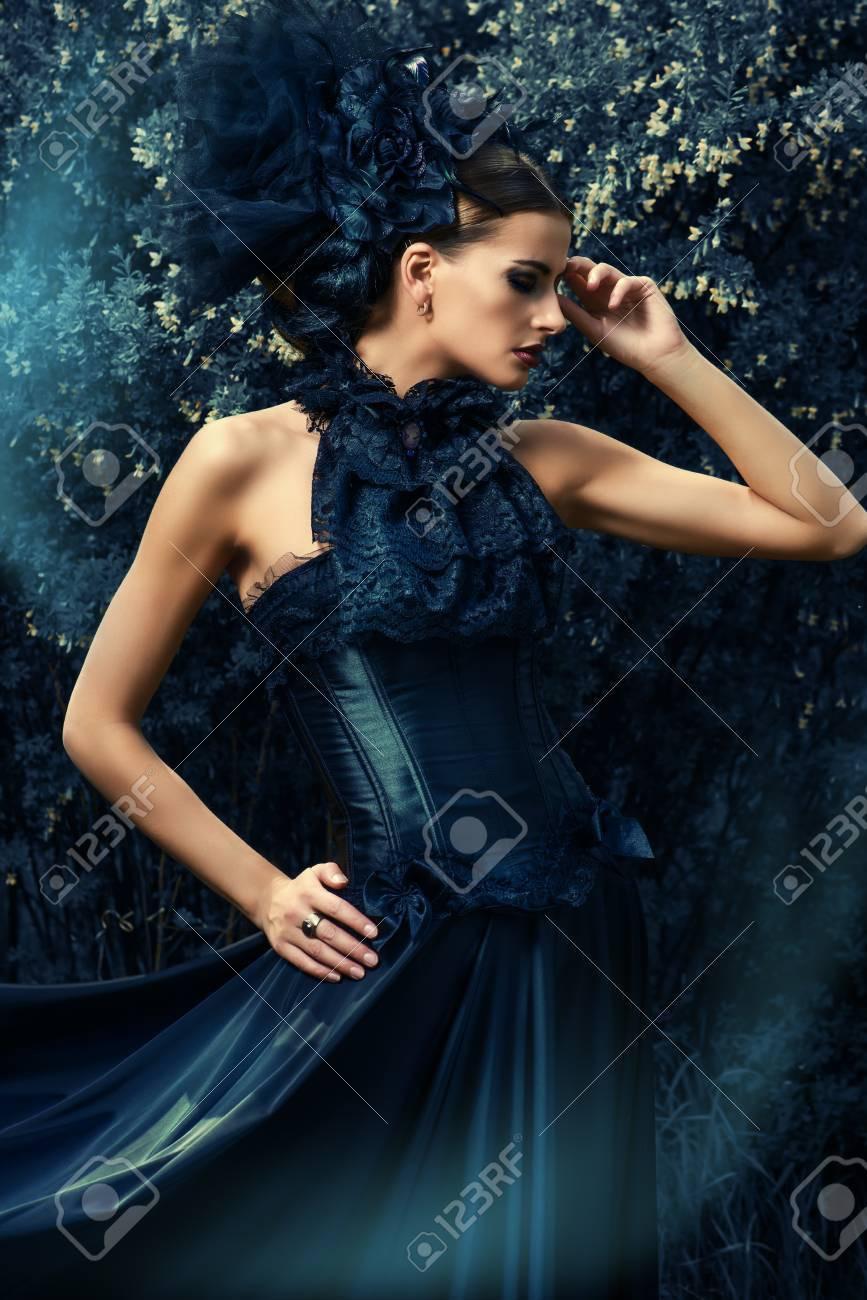 Elegant Schöne Schwarze Kleider ÄrmelAbend Erstaunlich Schöne Schwarze Kleider für 2019