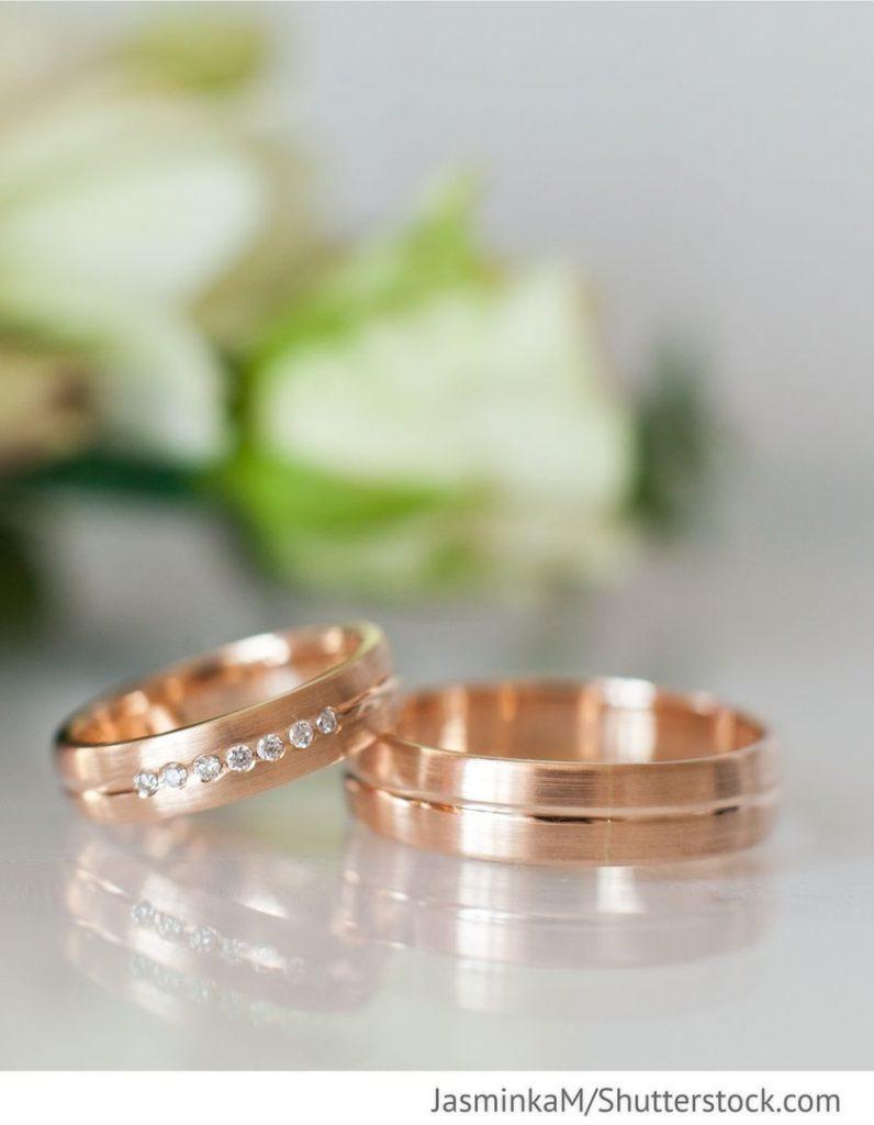 Eheringe Rotgold Mit Stein Für Hochzeit  Ehering Rotgold - Abendkleid