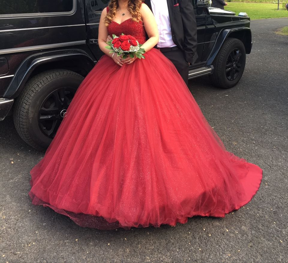 15 Großartig Rotes Kleid Henna Abend Stylish Erstaunlich Rotes Kleid Henna Abend Bester Preis