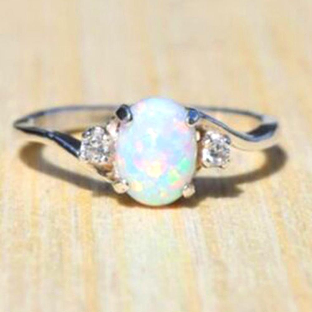 Großhandel Fashion New Design Weiß Feueropal Ring Modeschmuck Frauen Silber  Farbe Zirkon Ringe Von Zaonoodle, $19.76 Auf De.dhgate | Dhgate