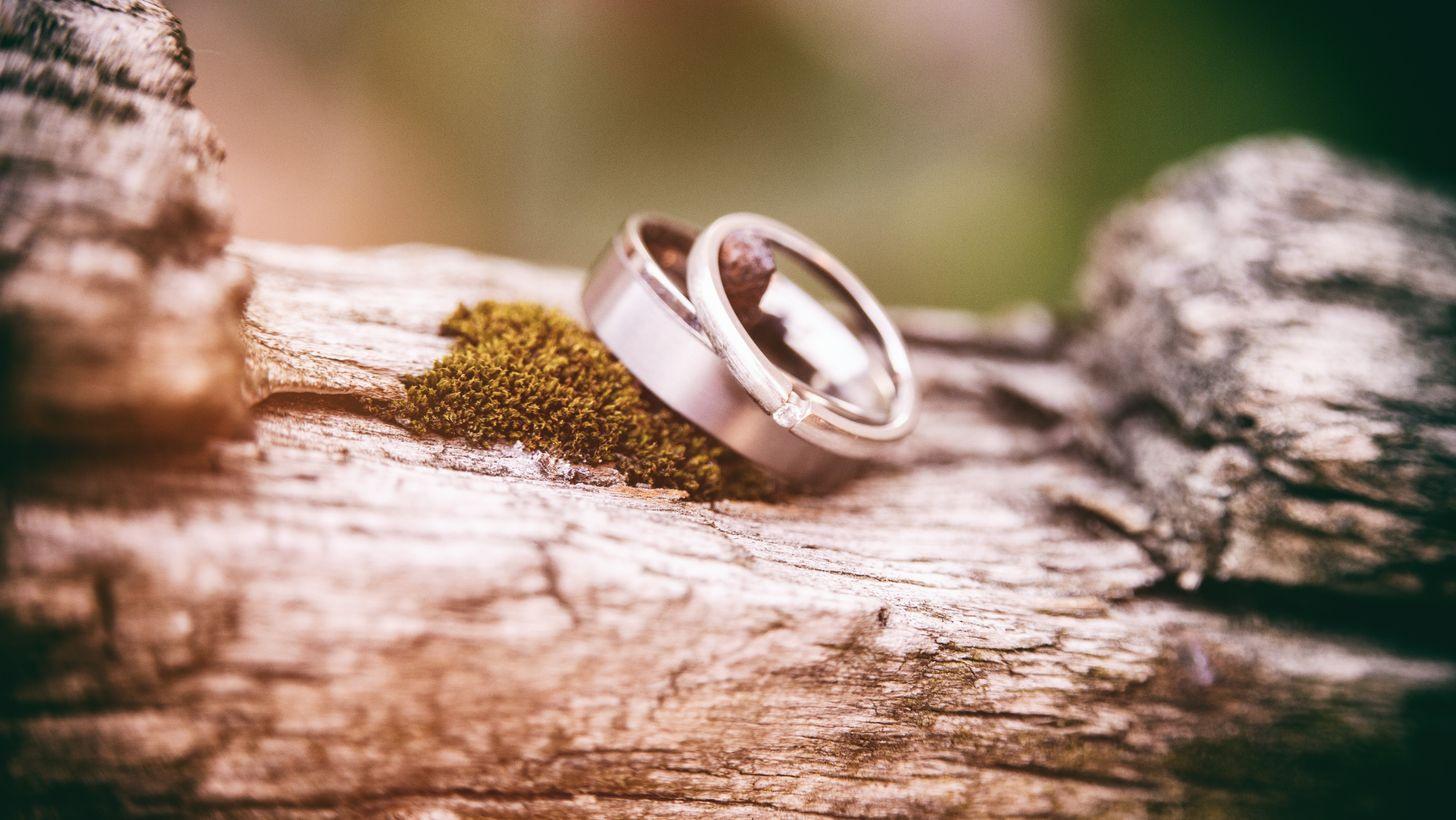 Hier Findet Ihr Verlobungs- Und Trauringe In Hamburg | Kiekmo