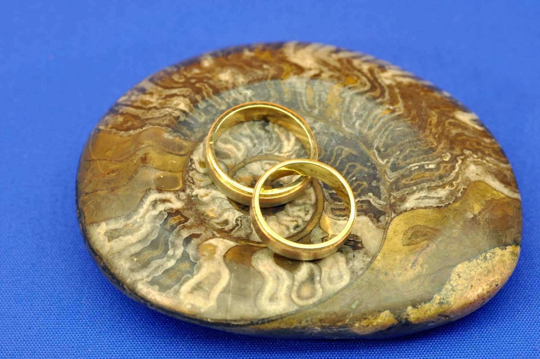 Zwei Alte Eheringe 585 Gold Tricolor Von 1967 - Bei Kusera