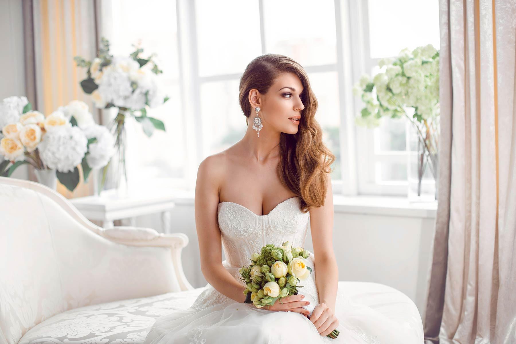 10 Dinge, Die Ihr Mit Eurem Brautkleid Nach Der Hochzeit