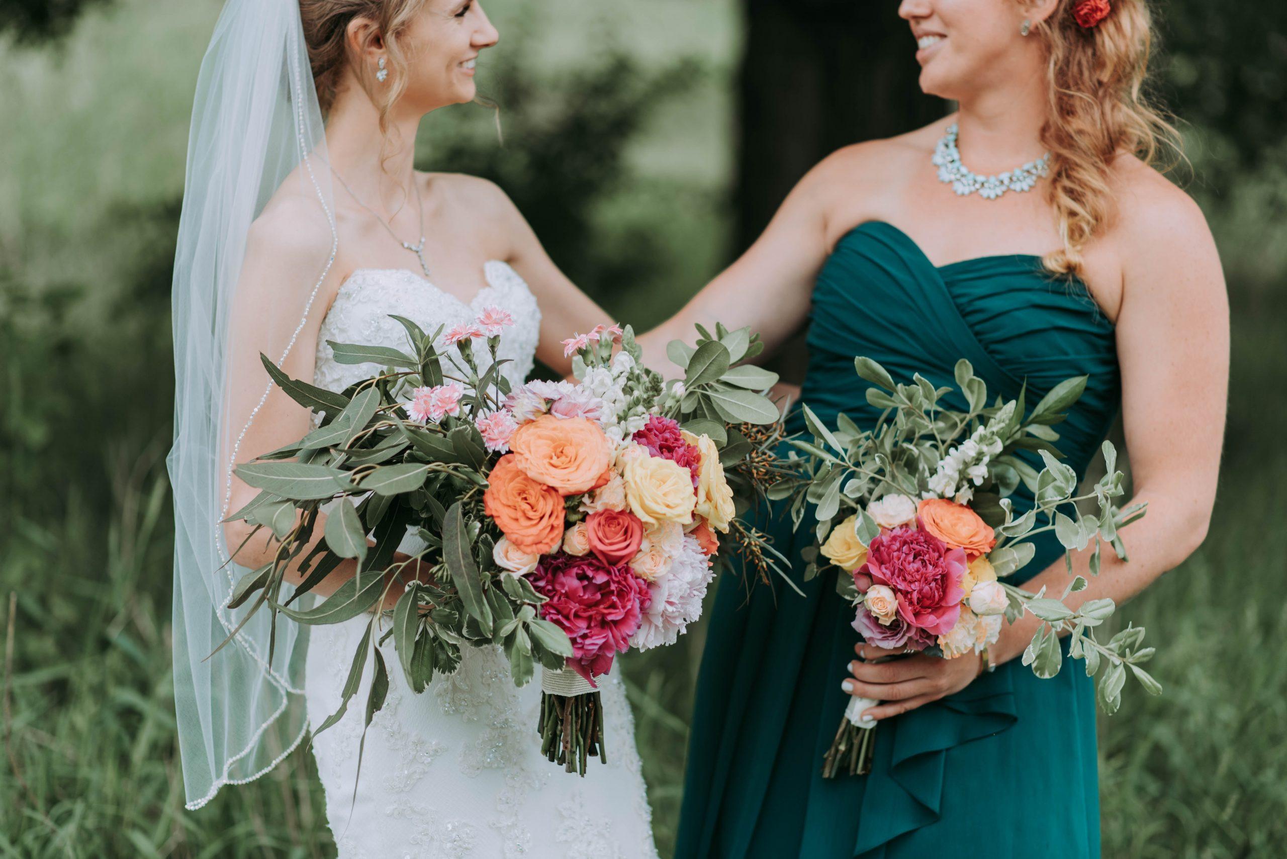 100 Ideen, Eure Hochzeitsfarben Aufzugreifen - Soon To Be Bride
