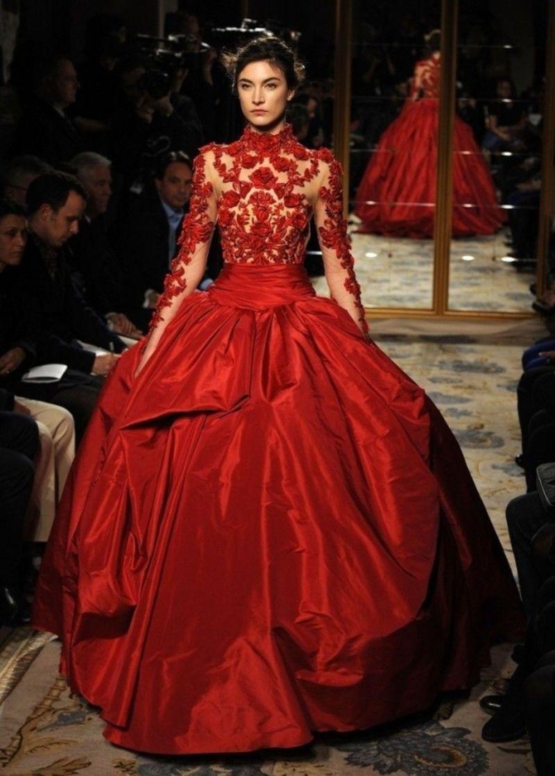 31 Der #schönsten Rote Ballkleider In Der Welt