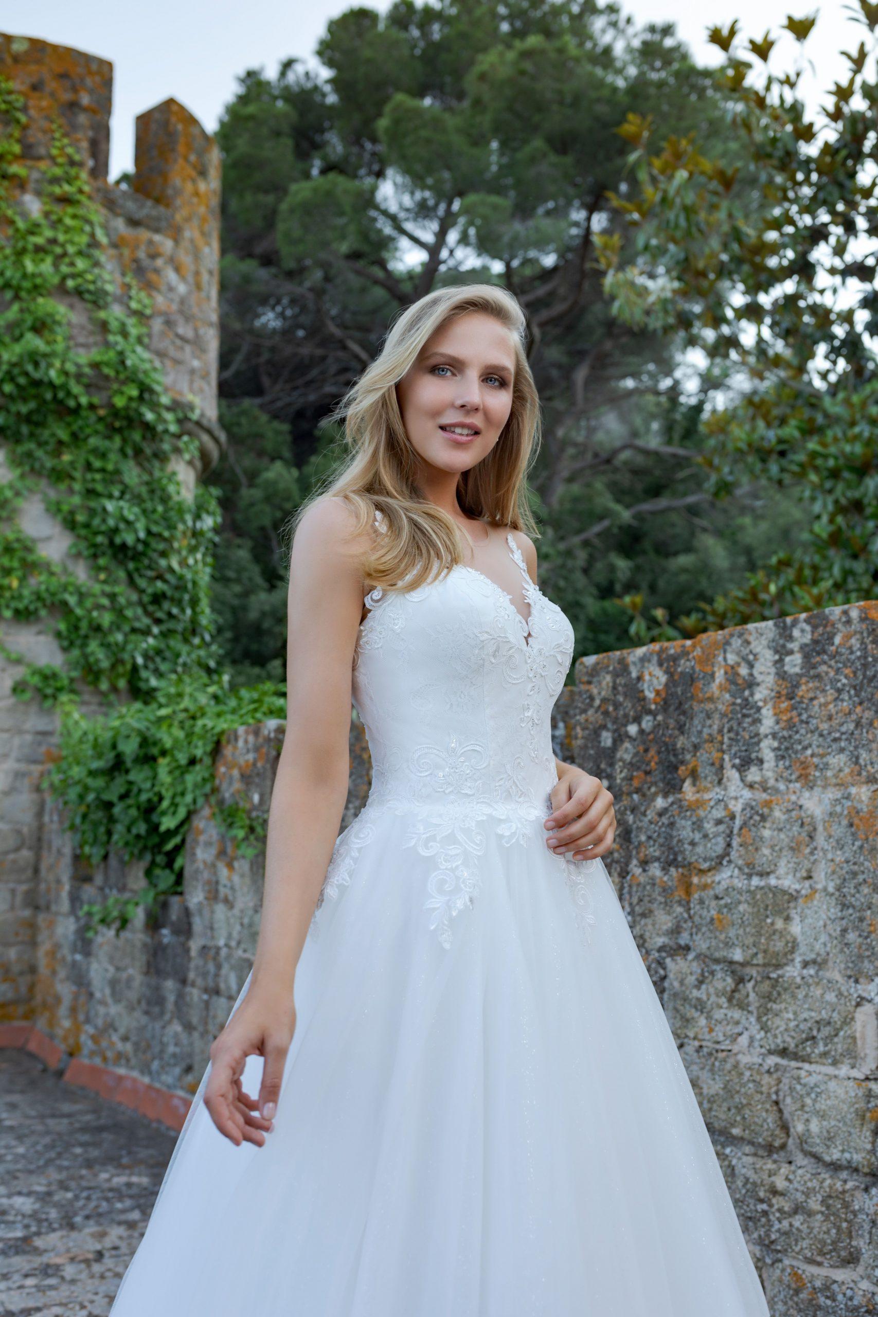 Amera Vera Kollektion 2019 Fashion Queen | Brautmode, Kleid