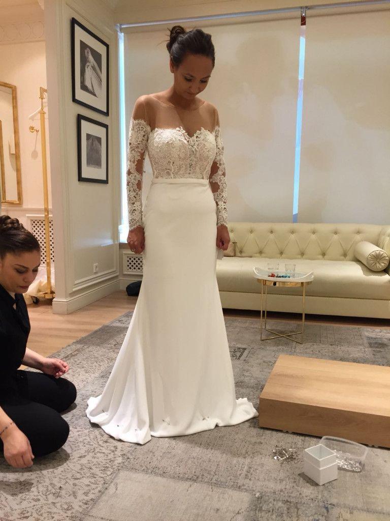 Anprobe Bei Pronovias Berlin | Kleid Hochzeit, Formelle
