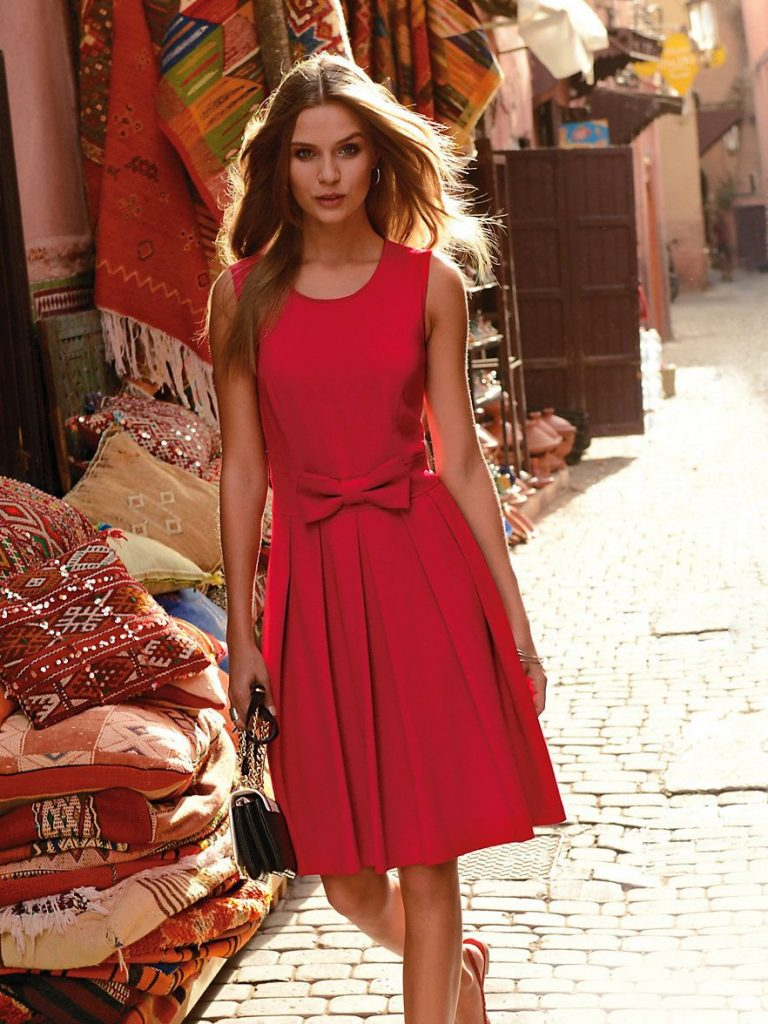 Ärmelloses Jersey-Kleid  Kleider, Rotes Kleid Und Josephine