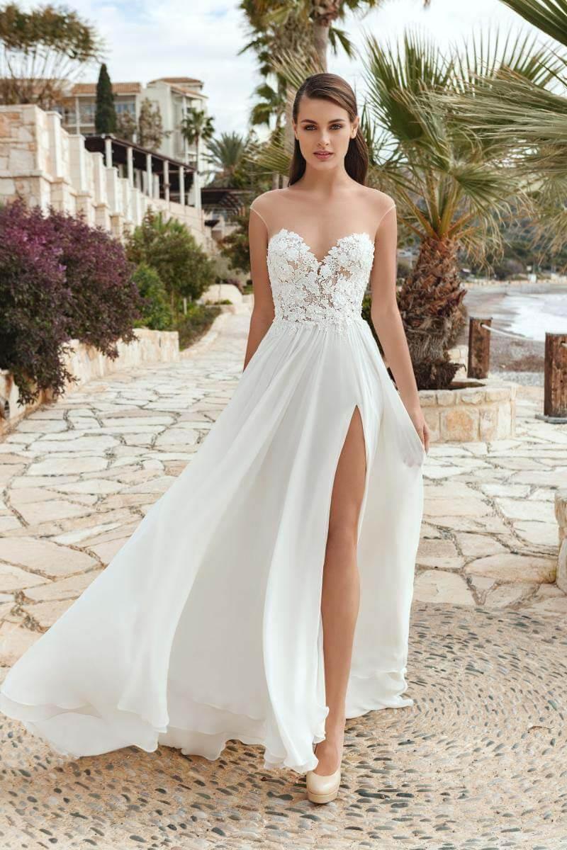 Beach / Strand Brautkleider - Hochzeitsrausch Brautmoden