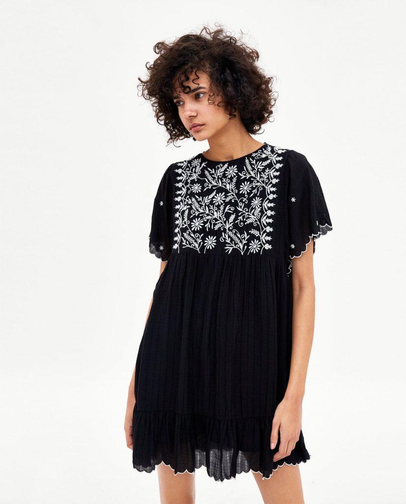 Bild 1 Von Kurzes Overall-Kleid Mit Stickerei Von Zara ...