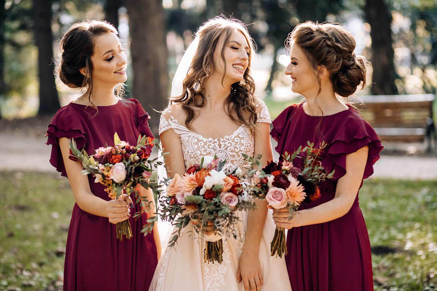 Brautjungfernkleider In Rot – Die Schönsten Kleider Im Überblick
