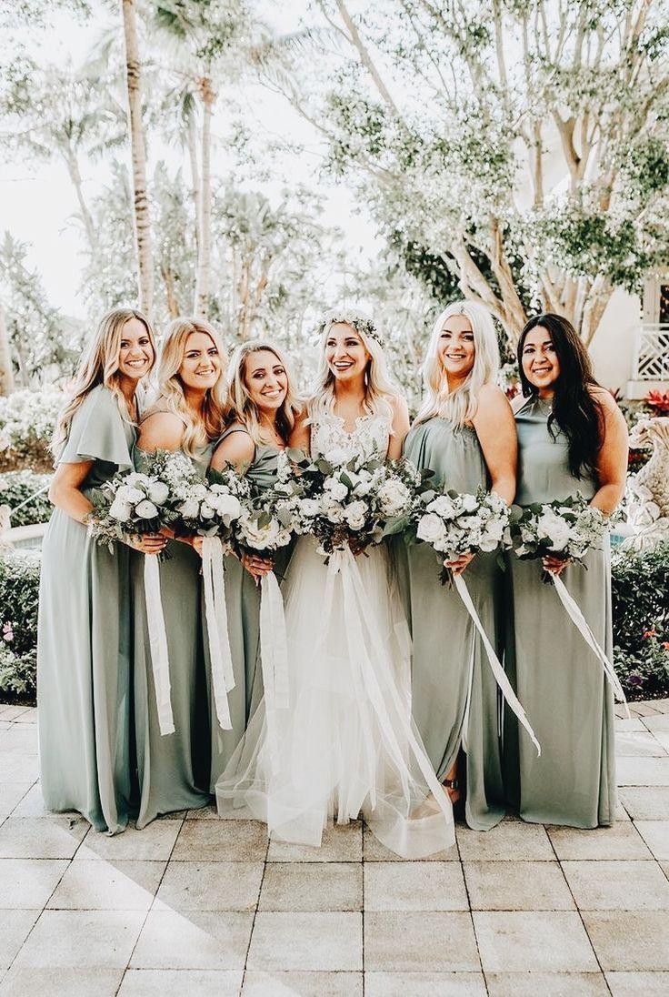 Brautjungferoutfit | Grüne Brautjungfernkleider, Hochzeit