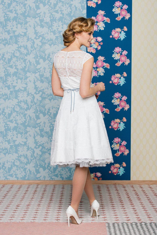 Brautkleid 50Er Jahre Stil Mit Transparenter Schulter