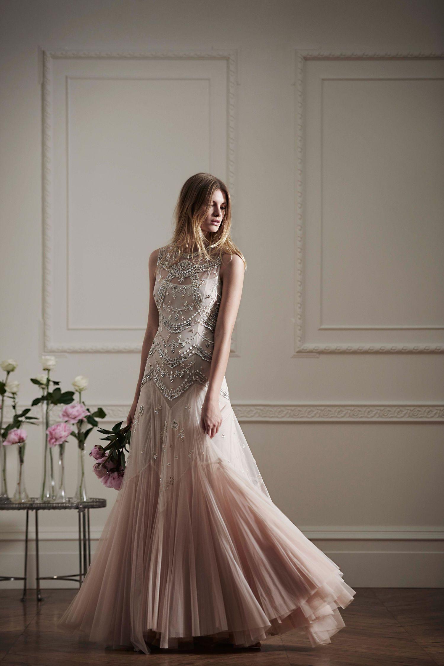 Brautkleider: Für Die Preiswerte Traumhochzeit | Brautkleid