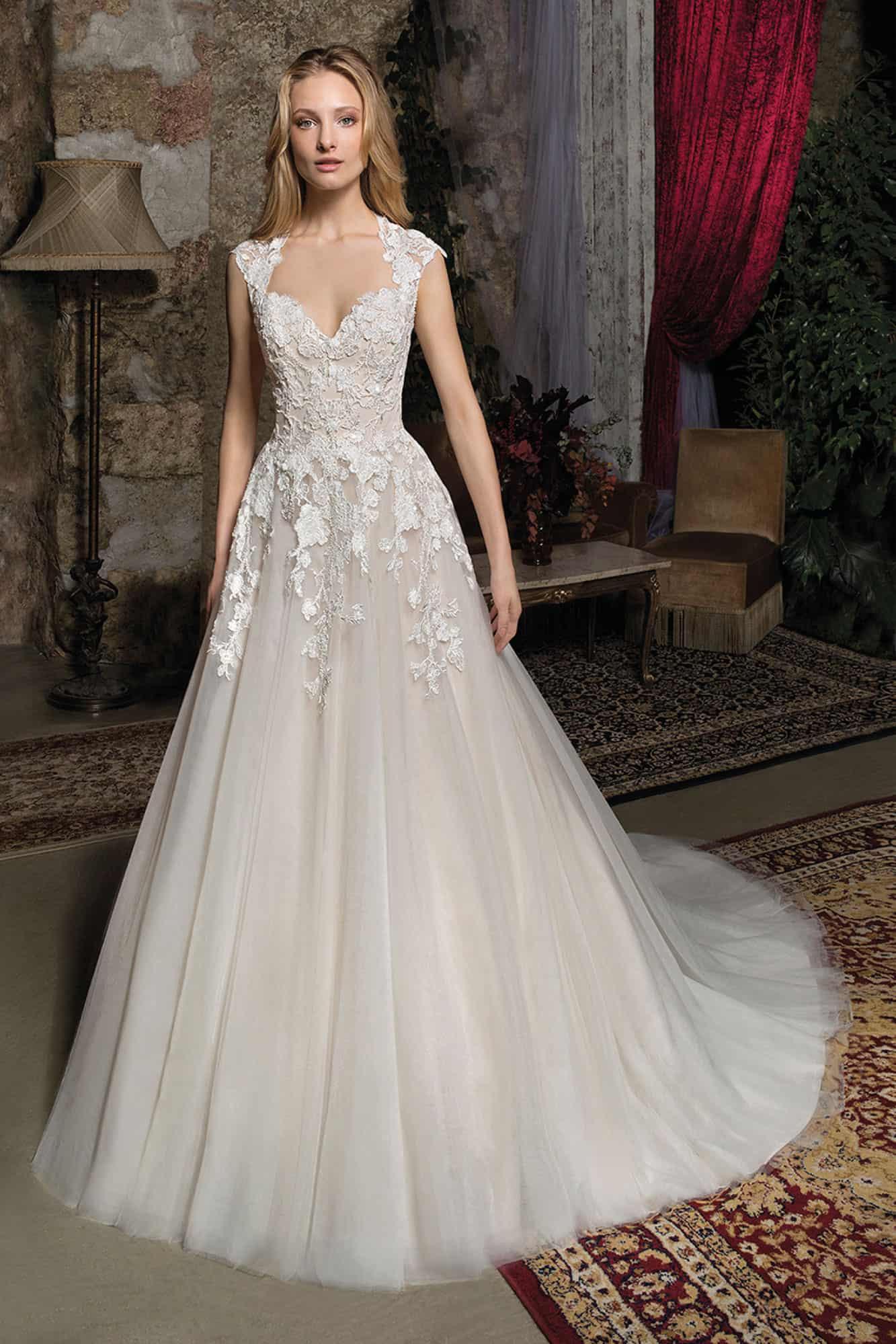 Brautmode Cosmobella | Brautkleid 7930 - Anna Moda