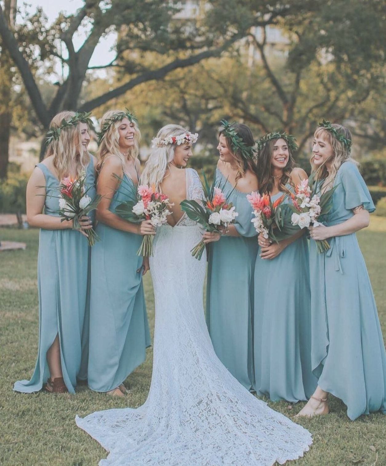 Bridesmaids In Silver Sage #mumuweddings